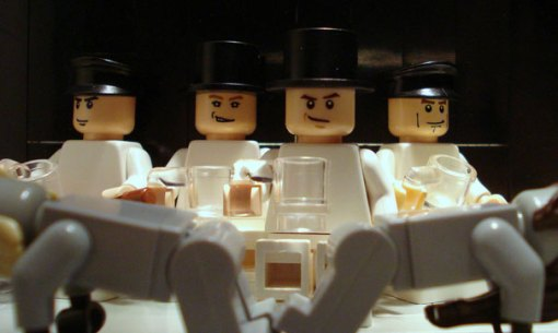 lego-movie-scenes-clockwork-orange
