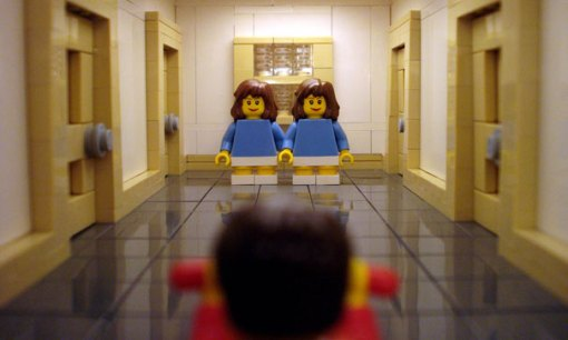 lego-movie-scenes-shining