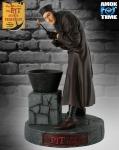Vincent Price Statue
